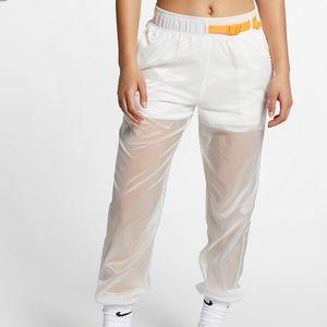 ✔️ NWT✔️ NIKE Sportswear Tech Pack Trousers ~ S